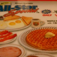 Photo taken at Waffle House by Kelly P. on 5/19/2012
