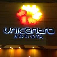 Foto tomada en Unicentro por Ed O. el 4/6/2012