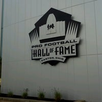 Photo taken at Pro Football Hall of Fame by Maja M. on 6/16/2012