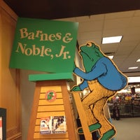Photo taken at Barnes & Noble by Jonathan H. on 6/17/2012