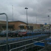 Photo taken at Walmart Supercenter by Kearstin :. on 3/29/2012