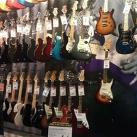 Photo taken at Guitar Center by Marta C. on 6/26/2012
