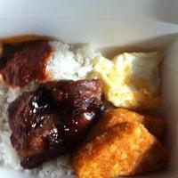 Photo taken at Fong Seng Fast Food Nasi Lemak by Azlan A. on 3/3/2012