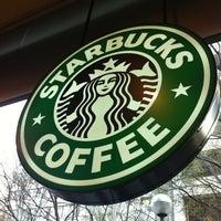 Photo taken at Starbucks Coffee by Beatriz G. on 3/24/2012