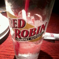 Photo taken at Red Robin Gourmet Burgers by Janessa S. on 8/19/2012