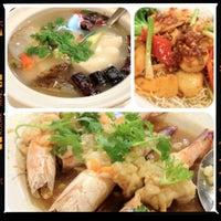 Photo taken at Chandrphen Restaurant by Bvlgariz P. on 8/3/2012