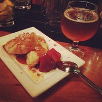 Photo taken at Social Kitchen & Brewery by Mayka M. on 3/16/2012