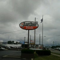 Photo taken at The Root Beer Stande by Susan C. on 6/11/2012