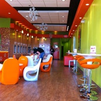 Photo taken at Orange Leaf Frozen Yogurt by Gregarious H. on 2/19/2012