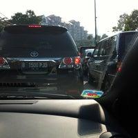 Photo taken at Jl. Penjernihan - Pejompongan by Erwinsyah P. on 5/2/2012