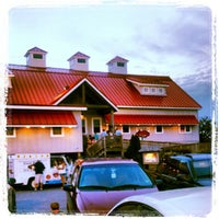 Photo taken at Hooper's Crab House by Jim S. on 8/26/2012