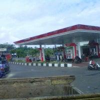 Photo taken at pom bensin 44.531.01 ajibarang by Ndal E. on 6/10/2012