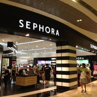 Photo taken at Sephora by MsBonVivantSG on 8/25/2012