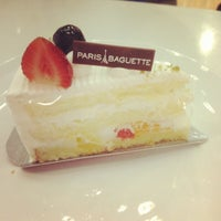 Photo taken at Paris Baguette by Luce T. on 6/10/2012