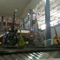 Photo taken at Baggage Claim 1 by Elke D. on 3/12/2012