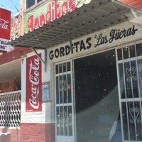 Photo taken at Gorditas Las Güeras by Irving on 5/11/2012