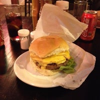 Photo taken at Rockville Traditional Burger by Marcelo N. on 7/2/2012
