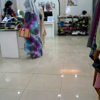 Photo taken at Moshaict Hijab Store by Winda Utami on 8/6/2012