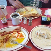 Photo taken at Huddle House by Marc B. on 8/12/2012