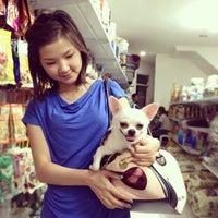 Photo taken at VRDnal Pet Shop - Kelapa Gading by Ferdinal C. on 3/26/2012