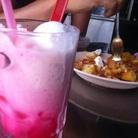 Photo taken at Padang Brown Food Court by nurbaizura m. on 3/17/2012