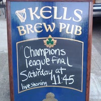 Photo taken at Kells Brew Pub by Moviti on 5/16/2012