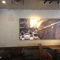Photo taken at Starbucks by Yxes  💋 ☕. on 7/16/2012