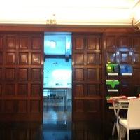Photo taken at Chio Lecca Instituto Internacional De Diseño by Shivi V. on 9/6/2012