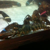 Photo taken at Red Lobster by Eric R. on 2/9/2012