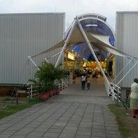 Photo taken at La 14 by Leonardo O. on 7/12/2012