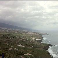 Photo taken at Cafe Vista Paraíso by Ramon Alberto R. on 5/20/2012