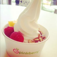 Photo taken at Pinkberry by Petra G. on 9/8/2012