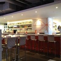 Photo taken at Blanc Burgers + Bottles by Jason S. on 6/16/2012