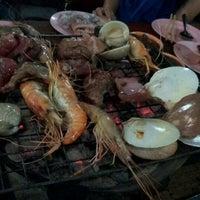 Photo taken at เฉินหลงกุ้งย่าง by ป้อม ป. on 5/24/2012