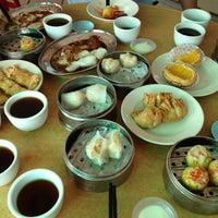 """Photo taken at Maxim Dim Sum Restaurant by *""""*•._iSa_.•*""""* on 4/12/2012"""