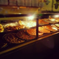 Photo taken at Old Manhattan Pizza by Yader S. on 5/17/2012