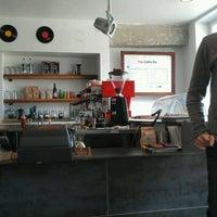 Photo taken at Elite Audio Coffee Bar by Holden K. on 6/25/2012