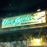 Photo taken at Olive Garden by Dennis P. on 7/27/2012