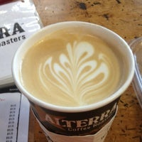 Photo taken at Colectivo Coffee by Doreen on 8/24/2012
