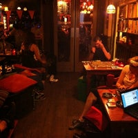Photo taken at The Flying Pig Downtown Hostel by Karen 💀 on 6/21/2012
