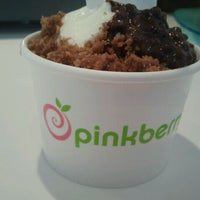 Photo taken at Pinkberry by Chloe P. on 3/25/2012
