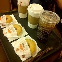Photo taken at J.CO Donuts & Coffee by Kiki R. on 7/19/2012