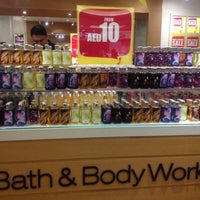 Photo taken at Bath & Body Works باث أند بادي ووركس by Evangeline H. on 7/4/2012