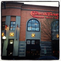 Photo taken at Cheesecake Factory by Nawaf A. on 3/27/2012