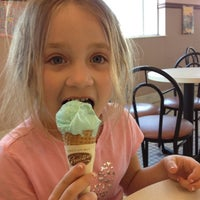 Photo taken at Graeter's Ice Cream by Jason L. on 4/2/2012