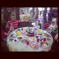 Photo taken at Restoran Nelayan by 'CATUABA' Impian Putra C. on 8/16/2012