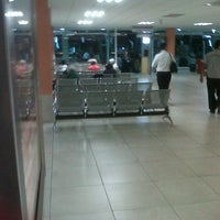 Photo taken at Central De Autobuses by Miguel G. on 7/31/2012