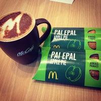 Photo taken at McDonald's & McCafé by Chloe Y. on 8/30/2012