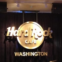 Photo taken at Hard Rock Cafe Washington DC by Claudio Eduardo P. on 2/24/2012