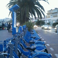 Photo taken at Vélo Bleu (Station No. 22) by Iarla B. on 3/23/2012
